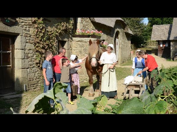Poul Fetan - Un village d'autrefois en Morbihan
